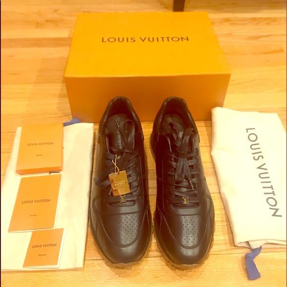 d32208d11f9 Louis Vuitton x Supreme Runaway Sneakers NWT